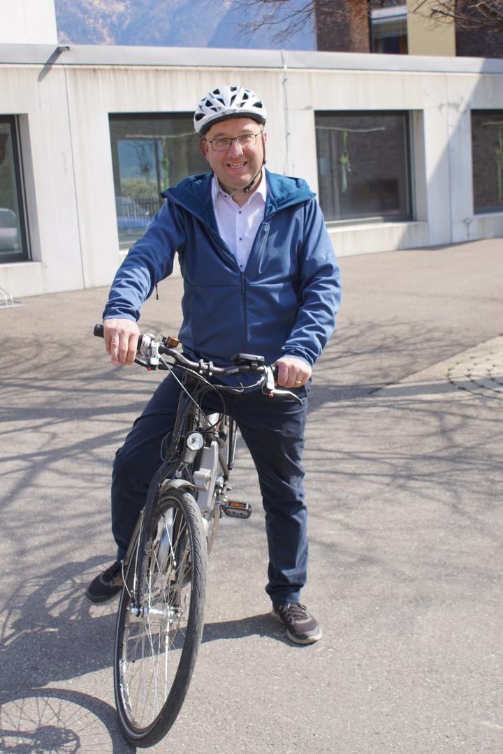 Verschiedene Seiten - Georg Wanner unterstützt Beat Tinner